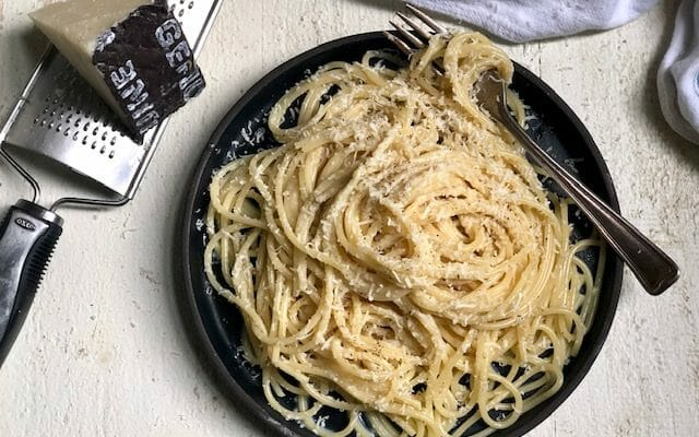 Spaghetti with Butter, Egg, and Cheese